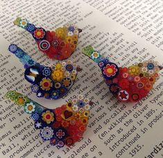 Made with glass slices handcut from Venetian Millefiori canes imported from the Effetre factory in Murano. Brooch measures approximately x Mosaic Crafts, Mosaic Projects, Mosaic Art, Mosaic Glass, Mosaic Animals, Mosaic Birds, Fused Glass Jewelry, Fused Glass Art, Stained Glass