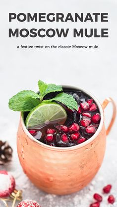 Pomegranate Moscow Mule - As Easy As Apple Pie A festive twist on the classic Moscow Mule. Freshly squeezed lime juice, vodka, ginger beer, and a touch of pomegranate juice, make this Pomegranate Moscow Mule the perfect holiday cocktail! Pomegranate Drinks, Apple Smoothies, Keto, Cocktail Recipes, Cocktail Ideas, Drink Recipes, Juice Recipes, Slushies, Beer
