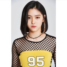 Find images and videos about kpop, bts and aesthetic on We Heart It - the app to get lost in what you love. Kpop Girl Groups, Korean Girl Groups, Kpop Girls, Daniel Henney, Bts And Exo, Doutzen Kroes, Angelababy, Grunge Hair, Anne Hathaway
