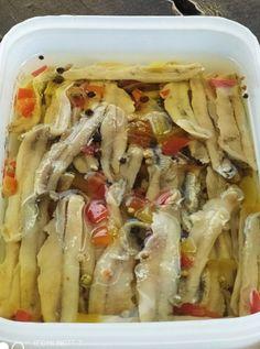 Ελληνικές συνταγές για νόστιμο, υγιεινό και οικονομικό φαγητό. Δοκιμάστε τες όλες Pasta Salad, Chicken, Ethnic Recipes, Food, Kitchens, Greek Recipes, Crab Pasta Salad, Essen, Meals