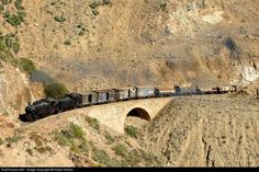RailPictures.Net Photo: 442.59 and 442.55 Eritrean Railways 4-4-0 at Between Arbaroba and Shegereni, Eritrea by Fokko Niesen: