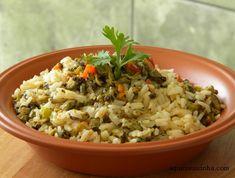 Arroz de sururu Brazillian Food, Fried Rice, Fries, Snacks, Eat, Ethnic Recipes, Rice Dishes, Rice Ball, Rice Recipes