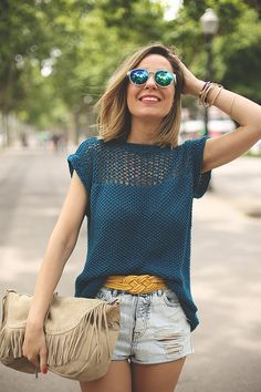 Crochet Clothes For Women Summer Tops Boho Chic Shirts Ideas Boho Crochet Patterns, Crochet Cardigan Pattern, Crochet Blouse, Crochet Top, Crochet Motif, Popular Crochet, Summer Knitting, Mini Vestidos, Crochet Woman