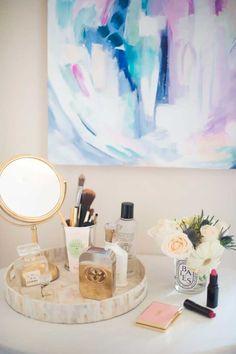 Bedroom Vanity Decoration Ideas Home SNS Vanity Decor, Vanity Tray, Vanity Ideas, Bedroom Themes, Bedroom Decor, Bedroom Ideas, Master Bedroom, Warm Bedroom, Budget Bedroom