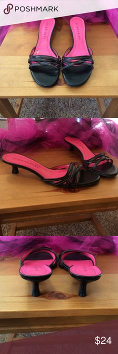 Gianni Bini sandals Beautiful pink and black Gianni Bini sandals in excellent used condition Gianni Bini Shoes Sandals