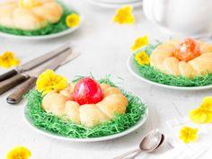 Wie die duften! Kleine Oster-Hefekränze für deine Ostereier