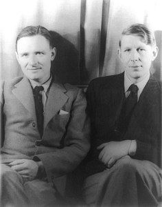 Christopher Isherwood (left) and W. Auden (right) photographed by Carl Van Vechten, 6 February 1939 American Poets, American Artists, Modernist Writers, Christopher Isherwood, Lgbt History, Don Johnson, Writers And Poets, Book Writer, Writers