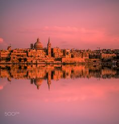 Sunset in Malta by Phototravelie #ErnstStrasser #Malta Malta, New York Skyline, Sunset, Travel, Malt Beer, Viajes, Destinations, Sunsets, Traveling