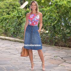 Look de trabalho - look do dia - look corporativo - moda no trabalho - work outfit - office outfit -  spring outfit - look executiva - summer outfit - saia midi jeans - midi skirt - body estampado - body floral