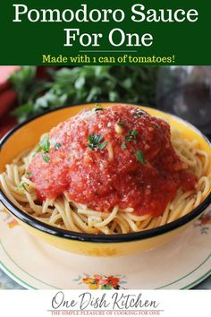 Pomodoro Sauce For One. Simple Pomodoro Sauce a single serving portion of a quick tomato sauce made with tomatoes garlic and spices. Mug Recipes, Sauce Recipes, Pasta Recipes, Cooking Recipes, Vegetarian Recipes, Vegetarian Dinners, Batch Cooking, Fall Recipes, Recipies