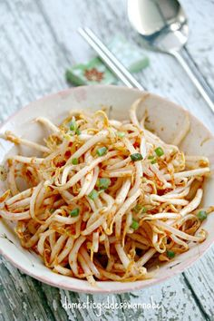 """Before I write anything else, I have a confession to make. I am usually NOT a fan of bean sprouts. In fact, mention the words """"bean sprouts"""" and you are likely to see me pull a fac… Onion Sprouts, Bean Sprouts, Asian Recipes, Healthy Recipes, Ethnic Recipes, Asian Foods, Korean Side Dishes, Asian Cooking, Vegetable Salad"""