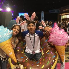 @musical.ly booth with @thetheylovearii @beingbabyariel @itsmarioselman #playlistlive
