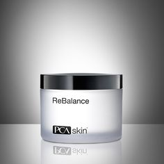 A nourishing, light moisturizer that hydrates, calms and soothes normal to sensitive skin.
