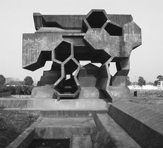 Reading Space, Jinhua Architecture Park, Jinhua, China, 2006 by Herzog & de Meuron. From This Brutal World Art Et Architecture, Concrete Architecture, Futuristic Architecture, Amazing Architecture, Pavilion Architecture, Brutalist Design, Brutalist Buildings, Modern Buildings, Architectural Pattern