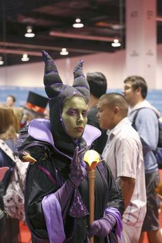 The 35 Best Costumes from the D23 Expo | Mental Floss