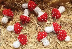 Crochet mushrooms ~ Not a link to the post. I was taken to the blog and I would have to sift through or search in spanish, pinning for ideas only :) eb
