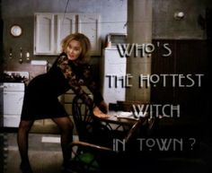 Who's the hottest witch in town? Personally, I didn't get that unusual pose! American Horror Story Seasons, American Horror Story Coven, Jessica Lange Ahs, Eclectic Witch, Anthology Series, Kitchen Witch, Best Tv, Horror Stories, Reign