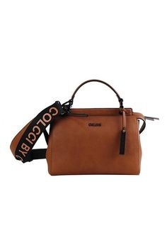 dfc810e07 7 melhores imagens de Bolsas em couro | Shoe, Shoes e Backpack purse