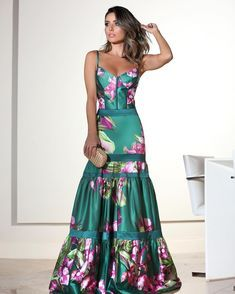 Minha escolha para uma noite pra lá de especial! #dress super poderoso #FabulousAgilita @agilitabrasil p/ @glauciasampaioboutique!…