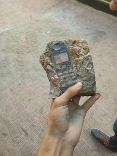 Found an ancient artifact Funny Pics funny lol phone srsfunny