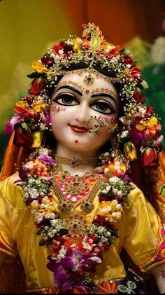Hare Krishna Radha Krishna Love Quotes, Radha Krishna Images, Krishna Statue, Hare Krishna, Krishna Bhajan, Radha Rani, Bedroom Bed Design, Hindu Deities, Indian Gods