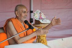 Swamishri blesses the sadhus Folded Hands, 30 September, 30th, Two By Two, Blessed, In This Moment