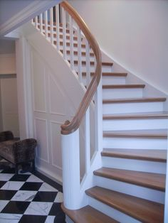 Stairs like this - but we only have straight staircase simple board . Stairs like this – but we only have straight staircases, simple board rungs, steps and handrail, House Plans, Tiled Hallway, Farmhouse Remodel, Cozy House, House Stairs, New Homes, House, Stairways, Appartment Decor