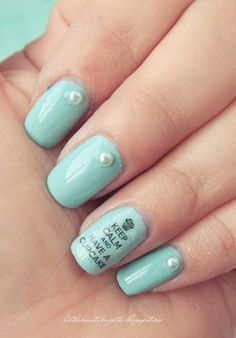 Keep Calm & Have a Cupcake Nails by Elisa at Little Beauty Bag. Cute!