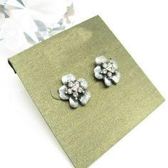Vintage Flower Rhinestone Stud Earrings