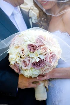 Beautiful bridal bouquet! Flowers by Splendid Sentiments