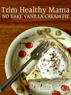 This Trim Healthy Mama No Bake Vanilla Cream Pie is easy to put together and the perfect summertime treat. Perfect for low carb and sugar free diets! Try this Trim Healthy Mama dessert recipe today! Low Carb Sweets, Low Carb Desserts, Dessert Recipes, Healthy Desserts, Easy Baking Recipes, Low Carb Recipes, Budget Recipes, Basic Cream Pie Recipe, Sin Gluten