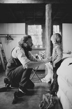 من شرفة قلبگ يا #أبي تورق أمنيات حياتي.. وتنتشي نبضات قلبي... بدفء أنفاسگ..! #ابي