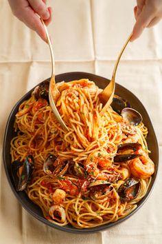 Spaghetti with Seafood Marinara