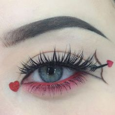 Valentines day makeup looks exceptional whether it is subtle or very bright. Check out our holiday makeup ideas and choose the one that works best for you. Makeup Eye Looks, Eye Makeup Art, Cute Makeup, Pretty Makeup, Eyeshadow Makeup, Lip Makeup, Beauty Makeup, Pink Eyeshadow, Prom Makeup