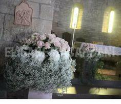 gypsophila, ortensia bianca e rose White Wedding Flowers, Gypsophila, Centerpieces, Floral Wreath, Entertainment, Wreaths, Spring, Weddings, Floral Crown