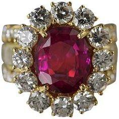 No Heat Ruby Diamond Gold Ring