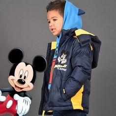 Shooting Photo Tous-les-Héros Manteau Mickey Sweat à capuche Mickey  #touslesheros #tlh #mode #enfant #Mickey #MickeyMouse #Disney #doudone #hiver