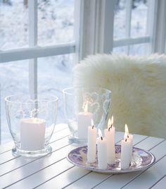 Cottage Christmas, Blue Christmas, Nordic Interior, Scandinavian Interiors, Nordic Living, Love Your Home, White Cottage, Beautiful Candles, White Candles
