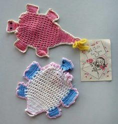 Turtle soap holder/scrubbies.  IMAGE ONLY