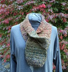 Keyhole scarf  confetti colors by LindaHansonDesigns on Etsy