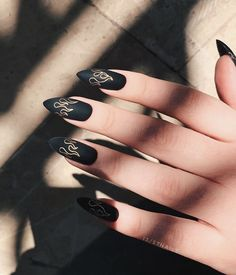 Grunge Nails, Edgy Nails, Stylish Nails, Trendy Nails, Colored Acrylic Nails, Black Acrylic Nails, Nail Swag, Cute Acrylic Nail Designs, Black Nail Designs