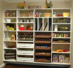 Creative ways to organize your kitchen pantry. #organize #kitchen #pantry