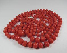 VINTAGE LONG NATURAL RED DARK SALMON COLOR CORAL BEAD NECKLACE 67g #StrandString
