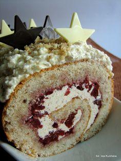 Smaczna Pyza: Rolada orzechowa z kremem maślankowym i wiśniami Swiss Roll Cakes, Log Cake, Sweet Recipes, Camembert Cheese, Swiss Rolls, Sweets, Baking, Cook, Arms