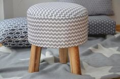 Hocker Retro grau