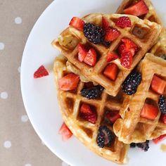 Fruit waffles! Tag someone who loves waffles @lovehealthok