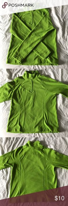 """Old Navy Lime Green Sweatshirt This lime green fleece sweatshirt is in excellent condition! It has a small zipper that goes down from the neck about 8."""" It is super comfy and keeps you very warm☺️ Length- 24"""" Across The Chest- 19"""" Arm Span- 60"""" Old Navy Jackets & Coats"""