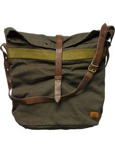 military vintage bag used as a diaper bag Puppy Backpack, Backpack Bags, Fashion Bags, Fashion Accessories, Chocolate Lab Puppies, Pack Up And Go, Minimalist Bag, Vintage Bag, Messenger Bag