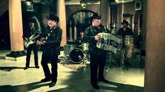 Pesado - Mientras Dormias. very nice song and video.