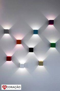 DeCore com Iluminação | Sabe aquele cantinho da sua casa sem graça... Use as luminárias coloridas para deixar o ambiente bem mais divertido e bonito!!